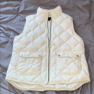 Great condition jcrew puffer vest!